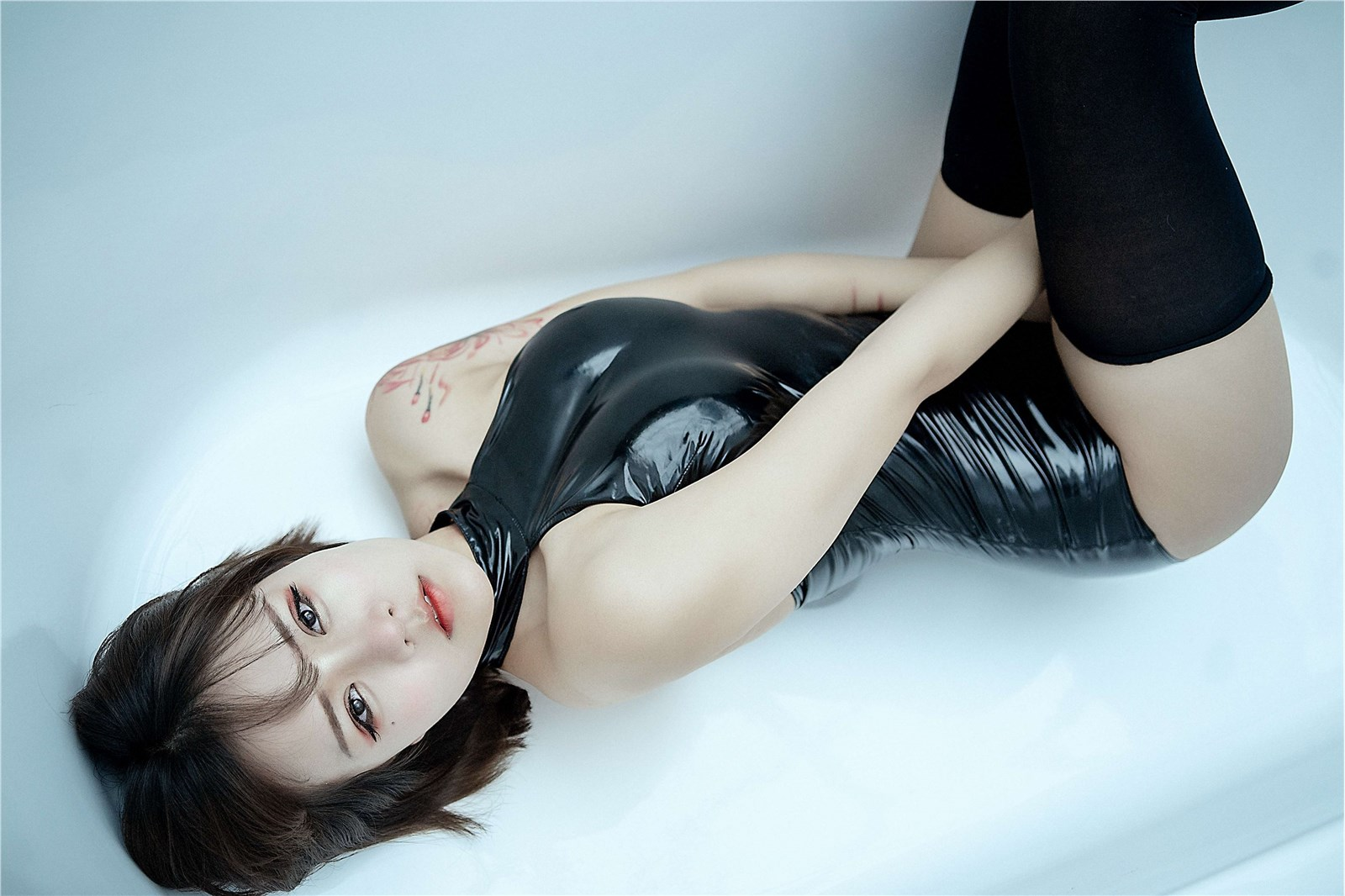 汐 NO.001 黑色皮泳装(11)